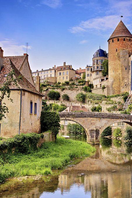 Бургундия. Дорогой замков и вина.